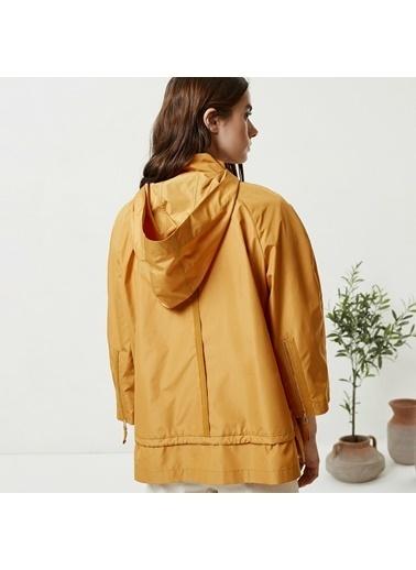 Yargıcı Fermuar Detaylı Yağmurluk Sarı